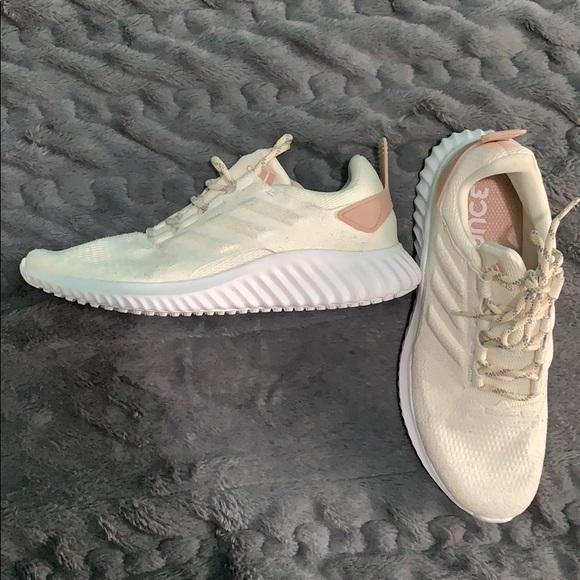 women's alphabounce cr w running shoe